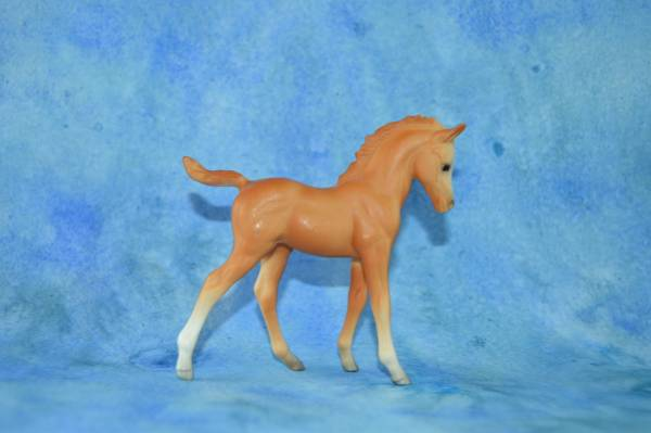 RES. CHAMPION - Breyer_Palomino_4000_CAF